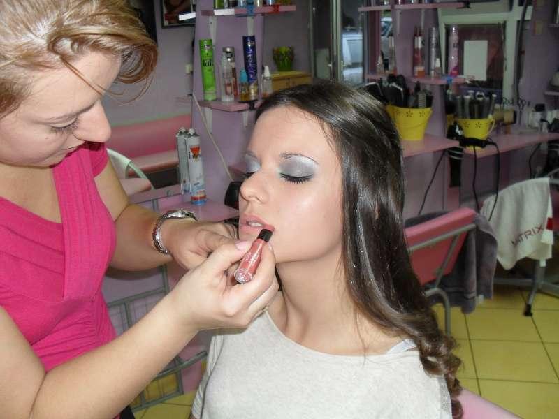 Frizersko kozmetički salon Lady
