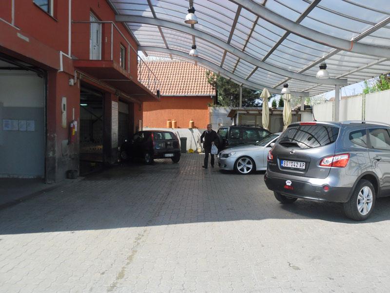 Autoperionica Car Wash