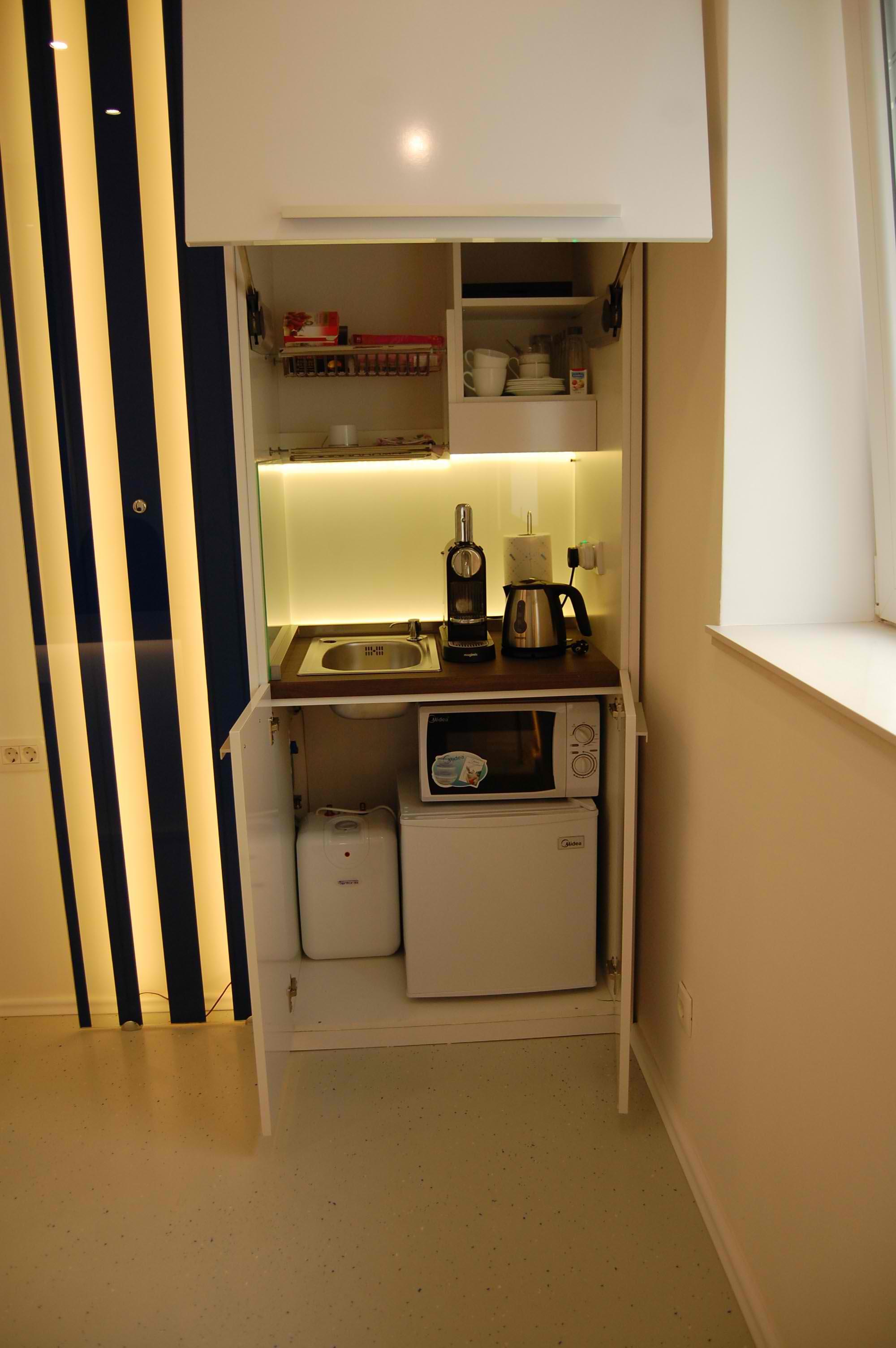 urbanenterijer kuhinje po meri beograd. Black Bedroom Furniture Sets. Home Design Ideas