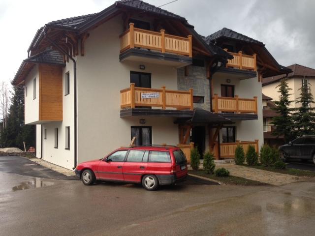 Apartmani Roganović