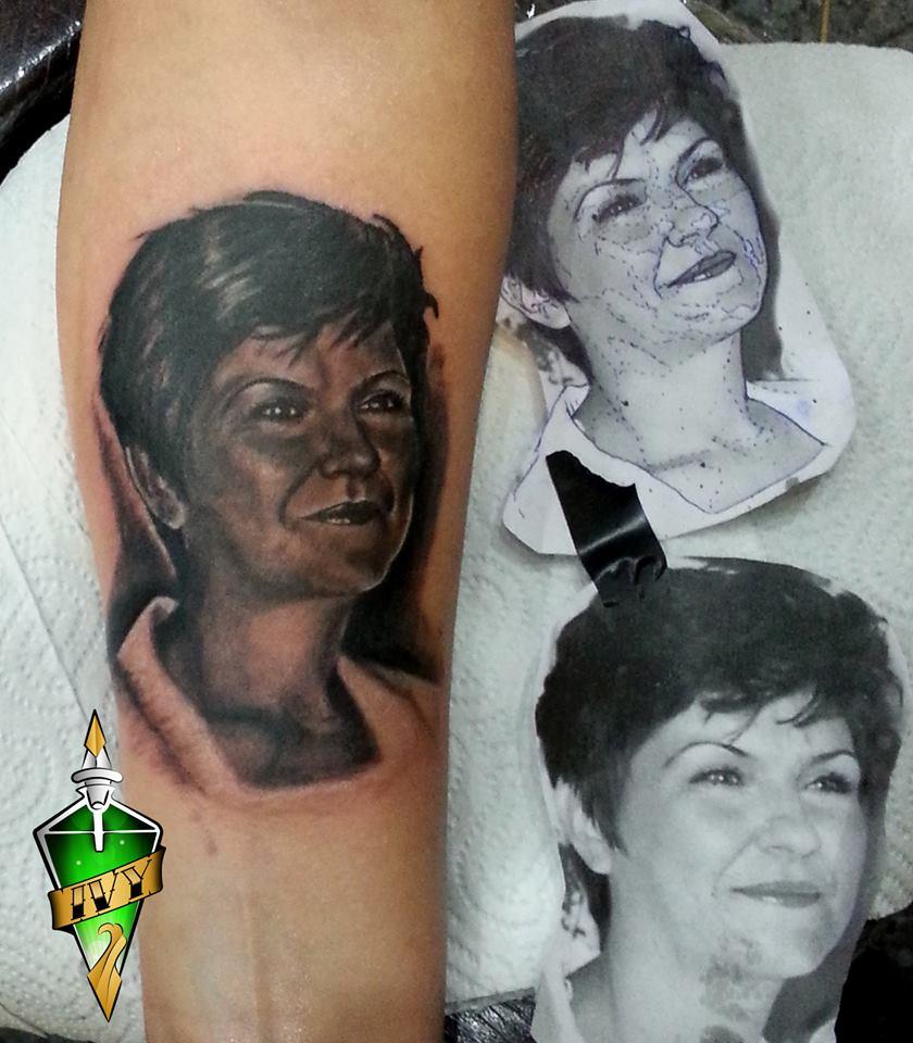 Tattoo & piercing studio Poison Ivy