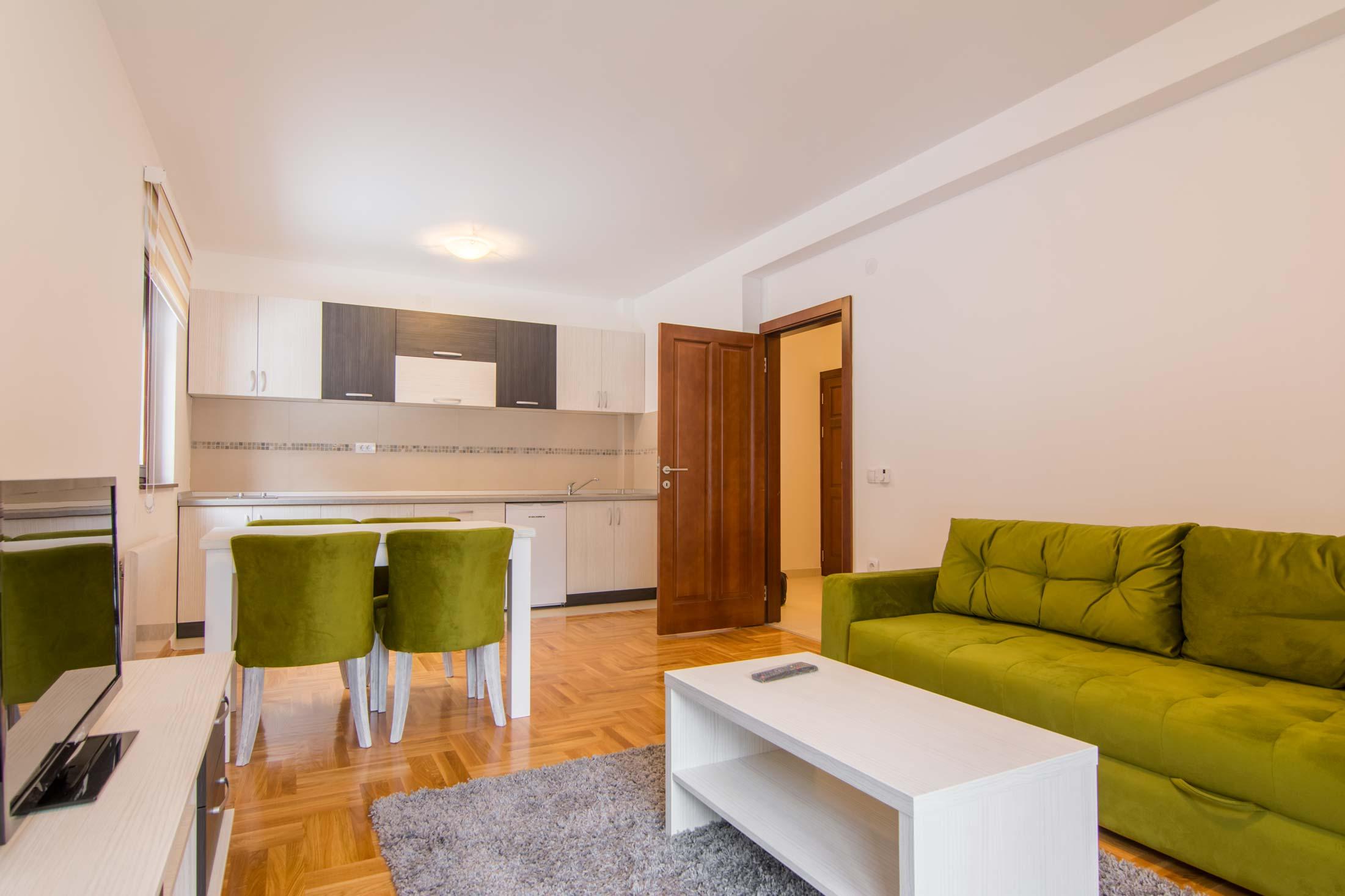 Apartmani Zlatni Bor
